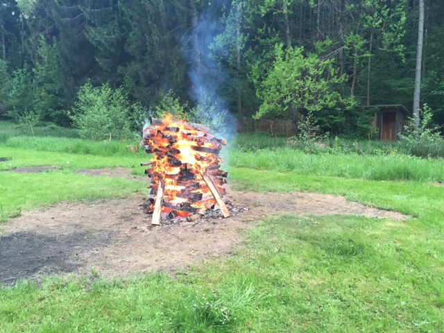 Mental Feuerlauf im Mai